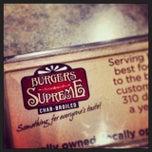 Photo taken at Burgers Supreme by Fábio Parrella #. on 11/3/2013