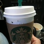 Photo taken at Starbucks by Terry 🙏 G. on 10/14/2014