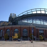 Photo taken at Brewers Team Store by Majestic by Emilio on 10/11/2012