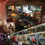 Photo taken at แบกะดินสยามสแควร์ (Siam Square Night Market) by LENA T. on 2/10/2013