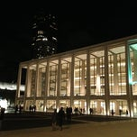 Photo taken at Avery Fisher Hall at Lincoln Center by hashiruyaseru on 11/3/2012