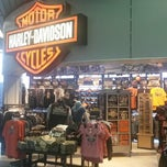Photo taken at Windy City Harley-Davidson by Deelip M. on 4/13/2014
