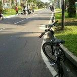 Photo taken at Ijen Car Free Day by Abdurrahman L. on 2/3/2013