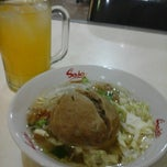 Photo taken at Bakso Rudal Pak Eko by Gianyta A. on 3/20/2014