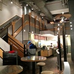 Photo taken at Chipotle Mexican Grill by ZenFoodster Eats on 11/5/2012