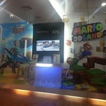 Photo taken at Juegos de Video Latinoamérica by Carlos H. on 10/4/2012
