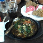 Photo taken at SAIMEN - Bakery, Noodle, Fried Chicken @ Prapto by Rahadyan Y. on 7/25/2013