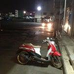 Photo taken at ท่ารถรังสิต-ปทุมธานี by Chanchai B. on 1/18/2013