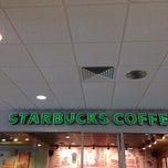 Photo taken at Starbucks by Khalid A. on 10/23/2013