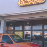Photo taken at Carnitas Michoacan by Chikilin &. on 12/27/2012