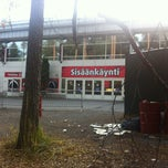 Photo taken at Isomäen jäähalli by Julia L. on 10/20/2012