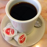 Photo taken at Z-7 Classic Diner by Andrew Ross R. on 12/15/2013