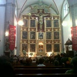 Photo taken at La Parroquia De San Gabriel Arcángel by Alberto C. on 6/17/2012