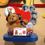 Photo taken at Build-A-Bear Workshop by Chris P. on 9/8/2013