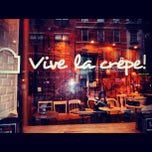Photo taken at Vive La Crêpe by Angel M. on 6/29/2013