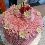 Photo taken at Cocom Cake by Phiwie P. on 3/1/2014