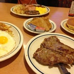 Photo taken at IHOP by Fanta C. on 1/19/2013