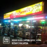 Photo taken at Restoran Haji Ramli Nasi Kandar by Musyrif A. on 2/8/2013