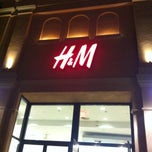 Photo taken at H&M by Abu Deema on 8/11/2013