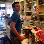 Photo taken at Cupcake Couture by Yani D. on 3/14/2014