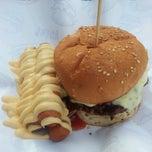 Photo taken at Burger Bakar Abang Burn by Nisya F. on 1/17/2013