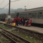 Photo taken at Ga Lào Cai (Lao Cai Station) by Ngọc Dung on 12/20/2012