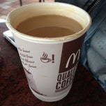 Photo taken at McDonald's by Enzo S. on 7/14/2013