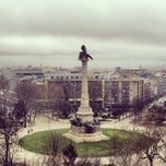 Photo taken at Rotunda da Boavista by Leandro L. on 3/6/2013