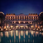 Photo taken at Jumeirah Zabeel Saray جميرا زعبيل سراي by Saleh A. on 4/2/2013