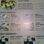 Photo taken at Welcome Sushi by Maktaitai on 3/13/2013