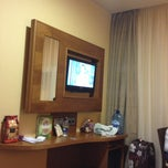 Photo taken at Hotel Sterling by Luis H M. on 7/6/2013