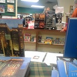 Photo taken at Best of Books by Steve L. on 12/9/2014