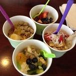 Photo taken at Bamboo Frozen Yogurt Café by Alex H. on 4/13/2013