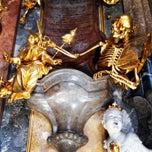 Das Foto wurde bei Asamkirche (St. Johann Nepomuk) von Dmitry D. am 4/14/2013 aufgenommen