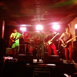 Photo taken at Discovery Bar by Katherina S. on 6/22/2013