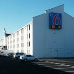 Photo taken at Motel 6 Washington DC SW-Springfield,VA by Joe W. on 9/24/2013