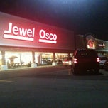 Photo taken at Jewel-Osco by Amisha S. on 5/4/2013