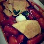 Photo taken at 죠스떡볶이 (Jaws Food) by Josephine C. on 5/22/2015