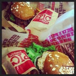 Photo taken at Epic Burger by Michelle on 8/2/2013