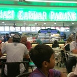 Photo taken at Nasi Kandar Padang Kota by Suria Kencana H. on 3/8/2013