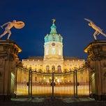 Das Foto wurde bei Schloss Charlottenburg von GowithOh am 5/17/2013 aufgenommen