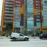Photo taken at UNIVERSO - Universidade Salgado de Oliveira by Vanessa D. on 2/27/2013