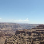 Foto tirada no(a) The Grand Canyon por Hui-jeong Y. em 7/3/2013