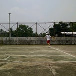 Photo taken at lapangan tenis sriwijaya by Ryzhelia R. on 10/28/2011