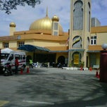 Photo taken at Masjid Ridzwaniah by ZaAzman on 12/14/2012