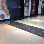 Photo taken at Mary Kay Cosmetics de Mexico (Corporativo) by Armando H. on 2/4/2014