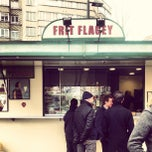 Photo taken at Friterie Flagey Frituur by Yelyam E. on 3/15/2013