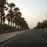 Photo taken at King Abdulaziz Road | طريق الملك عبدالعزيز by Ed S. on 8/7/2013