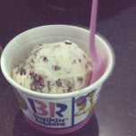 Photo taken at Baskin Robbins by Sus S. on 7/19/2013