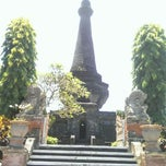 Photo taken at Monumen Puputan Klungkung by Andreas A. on 3/19/2014